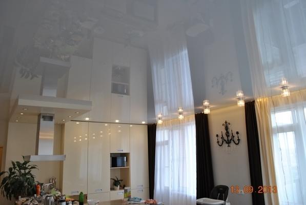 Альбом: Глянцевый натяжной потолок белого цвета, 30кв.м.. Фото: 236