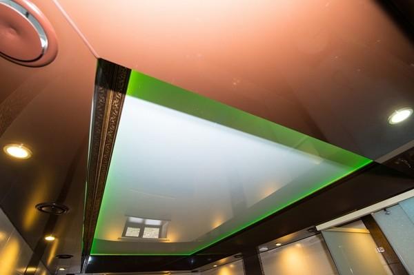 Альбом: Натяжной, двухуровневый потолок, RGB подсветка, 18 кв.м.. Фото: 165
