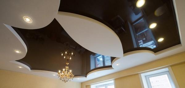 Альбом: Глянцевый натяжной цветной потолок, 16 кв.м.. Фото: 200